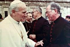 Monsignor&PopeJohnPaul