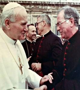 MonsignorPopeJohnPaulHandshake2